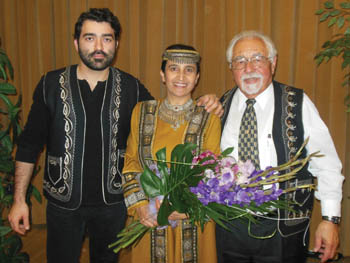 L. to R.: Raffi Semerdjian, Hasmik Harutyunyan, and Richard Hagopian. Photo: Vartush Mesropyan.