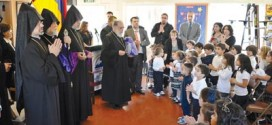His Holiness Aram I, second from left, with students of the Keyan Armenian Community School.  Photo: Alain Ekmalian