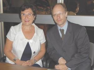 Dr. Rita Kuyumjian, left, with Dr. Sergio La Porta.